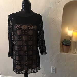 Max Studio lace black top, nicely lined, size XS